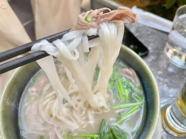 DADAIフォーの麺